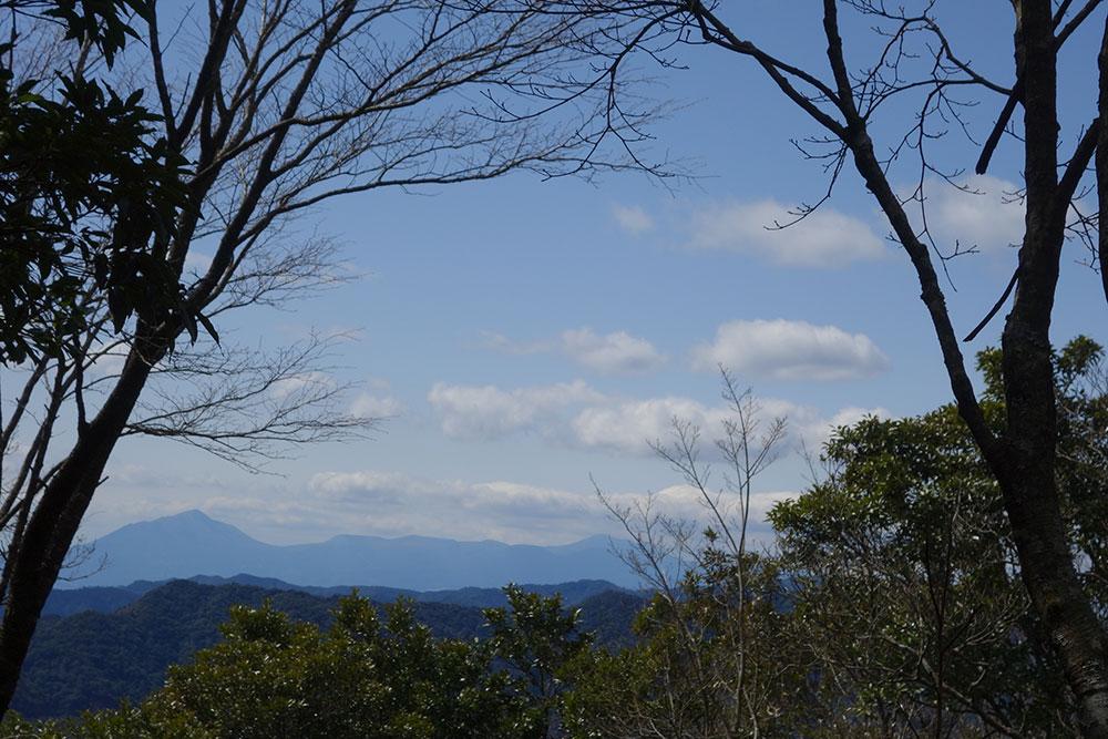 展望所から眺める霧島連山