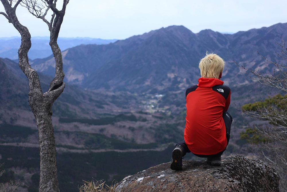 美しい山麓の風景を