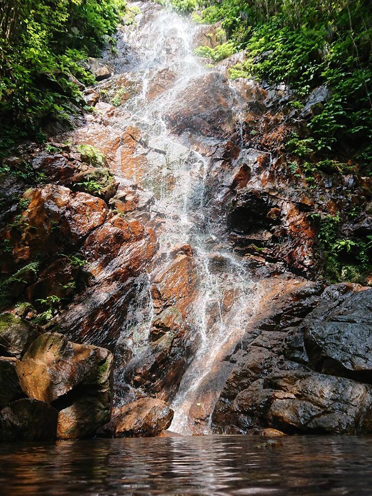 もう一つの小さな滝