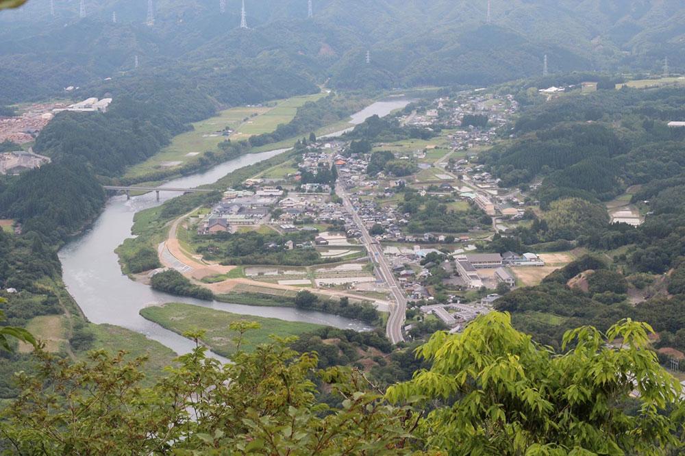 冠岳から眺める麓の風景