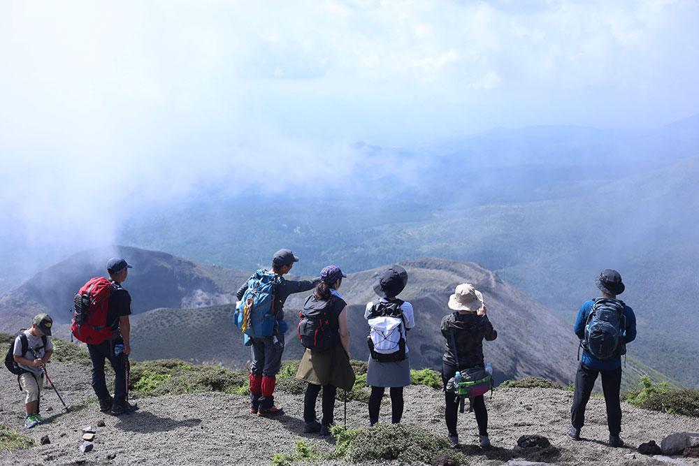 霧島の山々を眺めながら