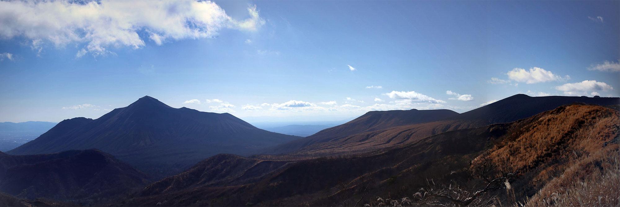 大幡山手前から眺める美しい山々