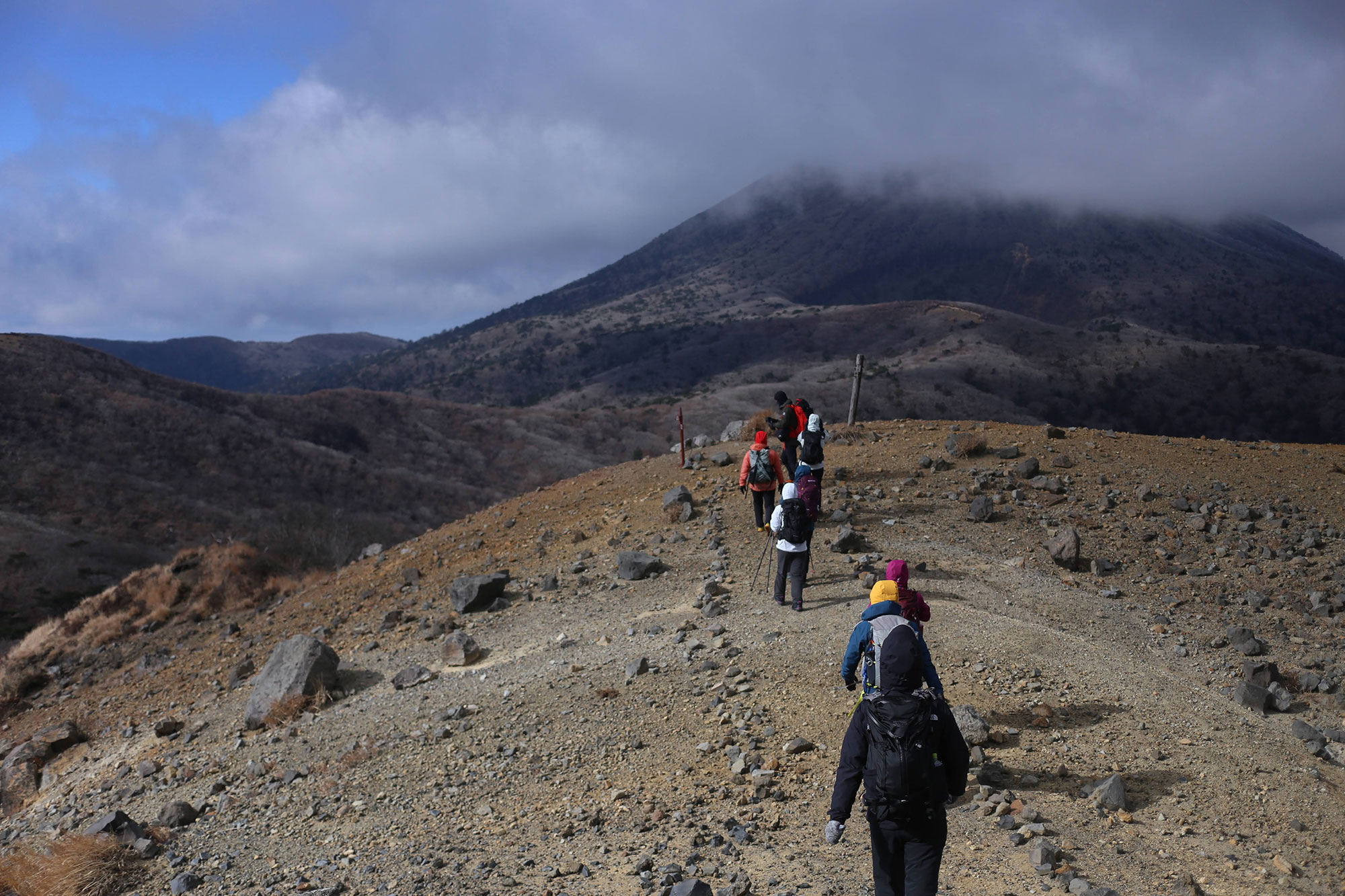 大幡山から獅子戸岳へ