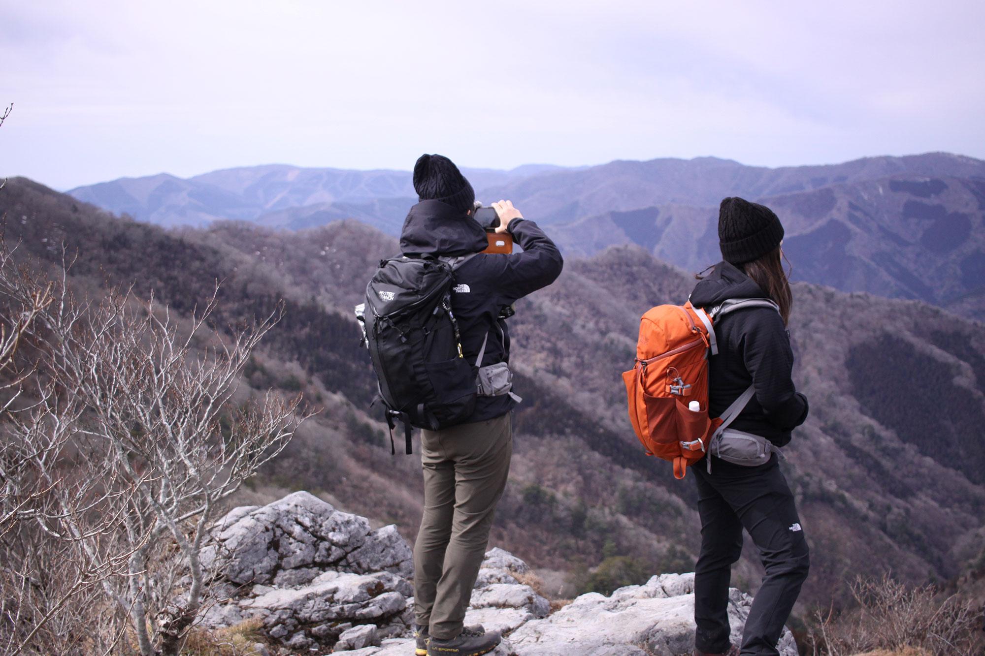 白岩山山頂にて
