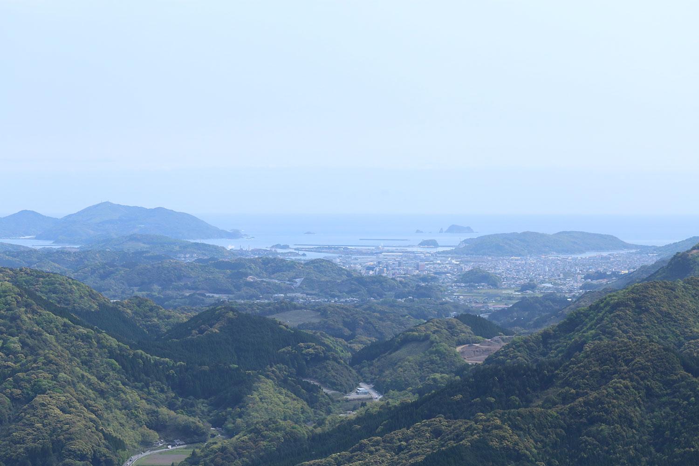 展望所から眺める海